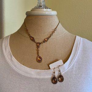 Necklace & earrings